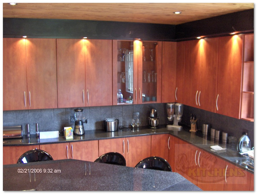 Cherry Royal Kitchen with Black Top Filler