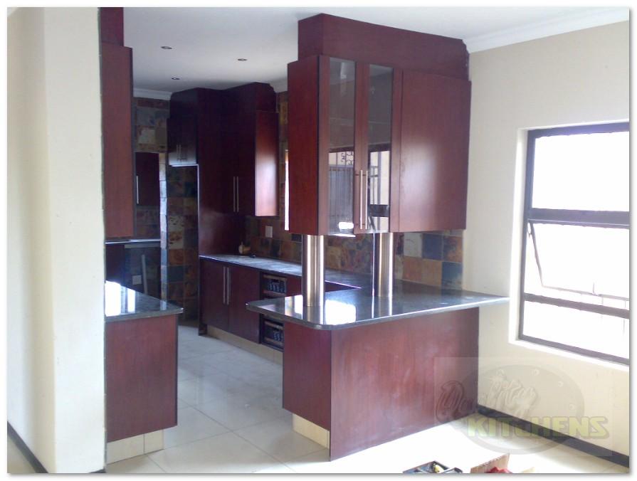 Quality kitchens for Royal mahogany kitchen designs